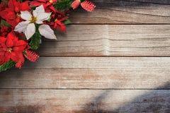 Frontera floral del fondo de la Navidad Fotos de archivo