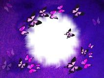 Frontera violeta con las mariposas Imagen de archivo libre de regalías
