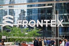 Frontex大厦和标志Frontex办公室华沙尖顶的 库存图片