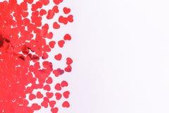 Frontière de confettis de coeur de scintillement sur gris-clair Conce de Saint Valentin image libre de droits