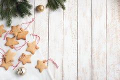 Frontière de Noël avec des biscuits photographie stock libre de droits