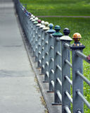 Frontière de sécurité colorée de fer Photos stock