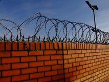 Frontière de sécurité de barbelé Photo libre de droits