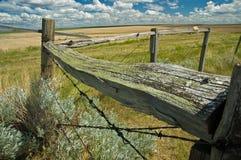 Frontière de sécurité en bois et de fil Photo stock