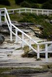 Frontière de sécurité sur la falaise Photo libre de droits