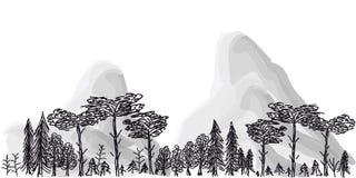 Frontière des arbres et des montagnes sur un fond transparent Photos libres de droits