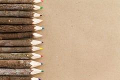 Frontière en bois naturelle rustique de crayon de crayon Image libre de droits