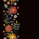 Frontière sans couture de broderie avec de belles fleurs d'été Conception pour des cartes de salutation et d'invitation illustration stock