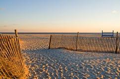 Frontières de sécurité de sable à la plage Photo libre de droits