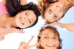 Fronti delle ragazze con le tonalità che guardano giù Fotografie Stock