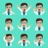Fronti maschii di medico del fumetto che mostrano le emozioni differenti Immagine Stock