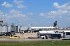 Frontier Airlines på ATL Arkivbilder