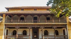 Frontowy szeroki widok antyczny chikmagalur dom, Karnataka, India, Feb 25 2017 obraz royalty free