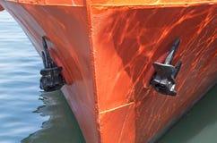 Frontowy widok duży statek Fotografia Stock