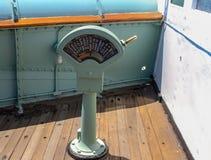 Frontowy widok Parowozowy rozkazu telegraf na doku zdjęcie royalty free