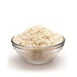 Frontowy widok puchar Organicznie Biały sezam zdjęcie royalty free