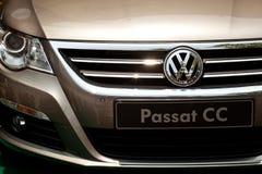 Frontowy widok Volkswagen Passat zdjęcie royalty free