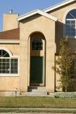Frontseite des Hauses Stockbilder
