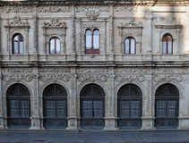 Frontseite des Hauses Sevilla Lizenzfreie Stockfotografie