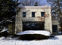 Frontside of Strans-Steel House. This is a Winter picture of the historic Good Housekeeping-Strans-Steel House in a bed of fresh snow located now in Wilmette Stock Photo