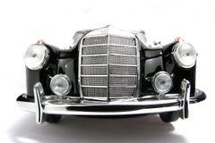 Frontview 1958 del fisheye dell'automobile del giocattolo della scala del metallo dell'esperto in informatica del benz 220 di Merc Fotografie Stock