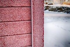 Frost на красной стене Стоковые Изображения