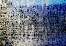Frostat fönster som frysas med iskristaller Arkivfoton