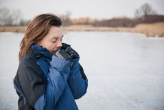 Frozen hands - winter lifestyle Stock Photos