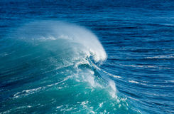 Frozen motion of large wave at sea Royalty Free Stock Photos