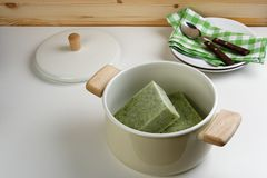 Frozen spinach and cauliflower soup Royalty Free Stock Photography