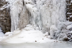 Frozen water fall in winter Royalty Free Stock Images
