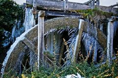 Frozen water wheel Royalty Free Stock Photos
