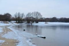 Frozen winter lake Royalty Free Stock Photos