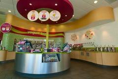 Frozen Yogurt Store Royalty Free Stock Photography