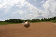 första pitch Arkivfoto