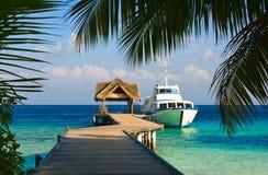förtöjd yacht Royaltyfri Bild
