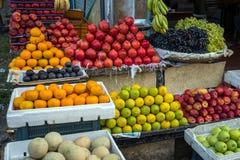 Frucht auf dem Asien-Markt exotisch lizenzfreie stockfotos