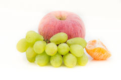 Frucht auf Weiß Lizenzfreie Stockfotos