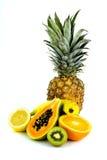 Frucht auf weißem Hintergrund lizenzfreie stockfotografie