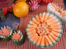 Frucht, die auf Zwiebel-Festival in Weimar schnitzt Stockfotografie