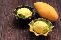 Frucht-Eiscreme Lizenzfreies Stockfoto