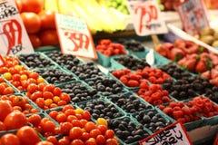Frucht für Verkauf Lizenzfreie Stockfotos