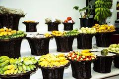 Frucht, Gemüse und Blumen im Markt, das Mercado DOS Lavradores oder der Markt der Arbeitskräfte Stockfoto