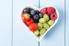 Frucht-Herz obenliegend Lizenzfreie Stockbilder