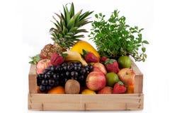 Frucht im hölzernen Kasten. Stockfoto