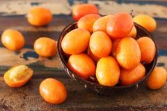 Frucht Jocote (rotes Mombin, purpurrotes Mombin, Schwein-Pflaume, Ciruela Huesi stockfoto