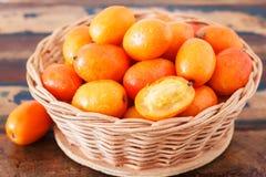 Frucht Jocote (Siriguela, Rot, purpurrotes Mombin, Sineguela, Schwein Plu Lizenzfreie Stockfotos