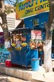 Frucht Juice Stand in Taganga, Kolumbien Stockfotografie