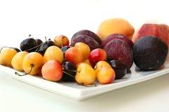 Frucht-Mehrlagenplatte Stockfoto