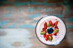 Frucht Smoothie-Milchshake Lizenzfreie Stockfotos